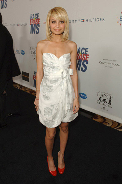 Nicole Richie at Race to Erase MS