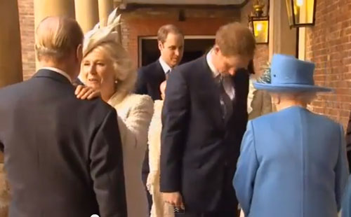 Here's Prince Hot Ginge Bowing His Head Before THE QUEEN