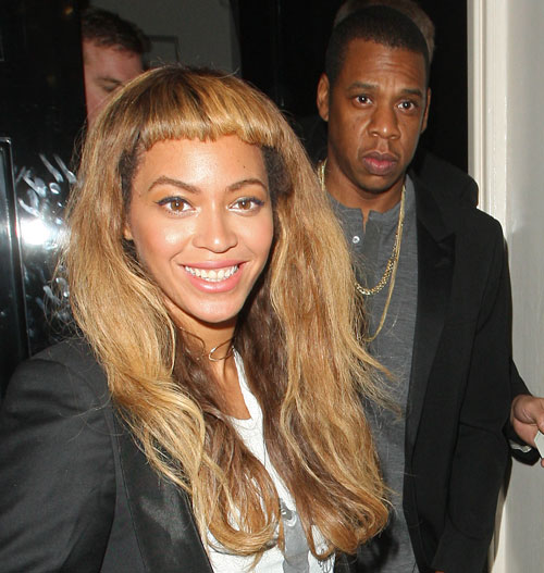 dlisted beyonce let blue ivy cut up one of her wigs with