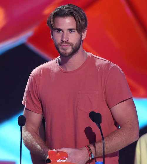 Dlisted Open Post Hosted By Liam Hemsworth S Nick