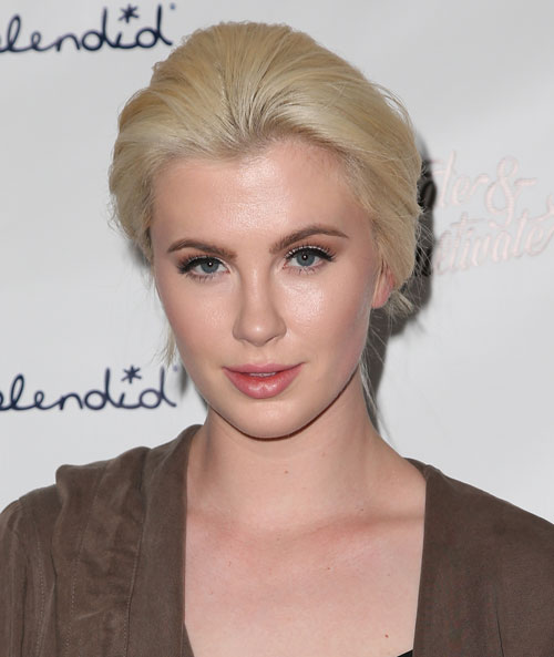 Ireland Baldwin Has Gone Off To Rehab For Emotional Issues