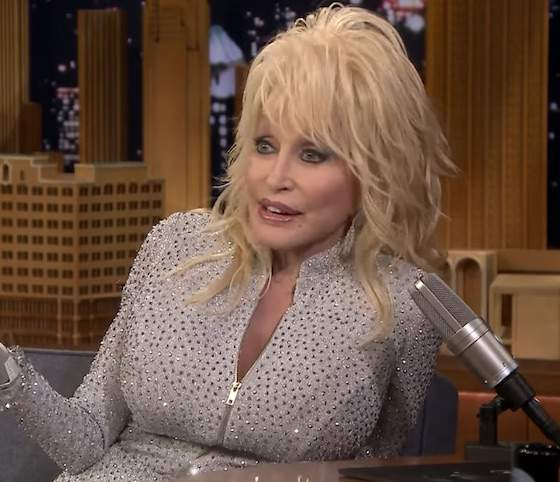 Open Post: Hosted By Dolly Parton Confessing Her Husband's Three-Way Dream With Jennifer Aniston