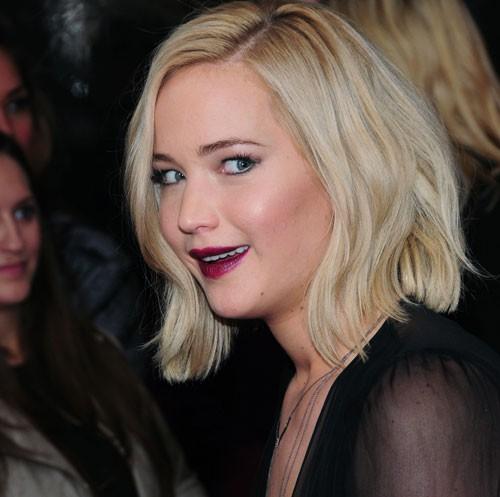 Jennifer Lawrence's Falls Aren't An Act, So Says Jennifer Lawrence